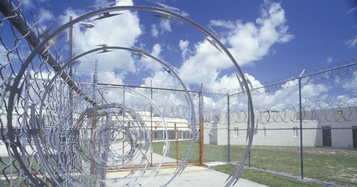 Nhà tù - môi trường lý tưởng cho sự lây lan của virus